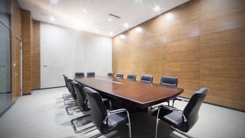 Reformas de oficinas utilizando mamparas de madera