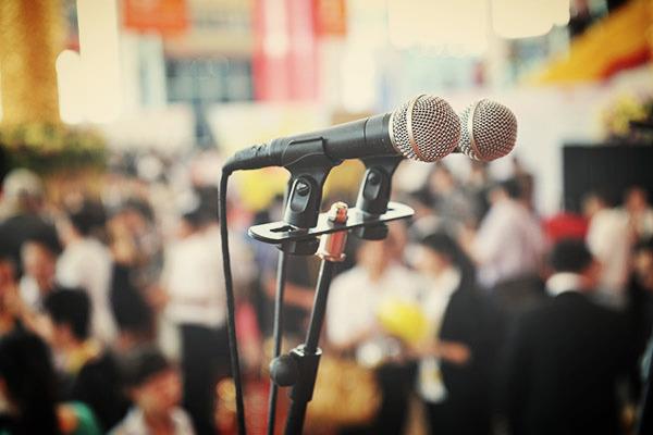 Mitines y presentaciones