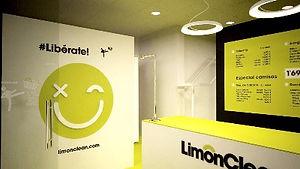 Diseno-decoracion-tienda-limonclean-hipe