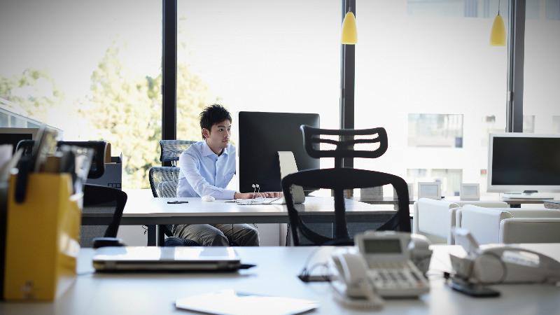 Diseño de oficinas con luz natural