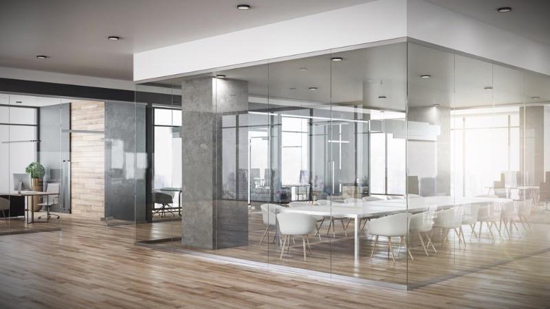 Diseño y reforma de oficinas mediante divisiones de mamparas de oficinas modulares.