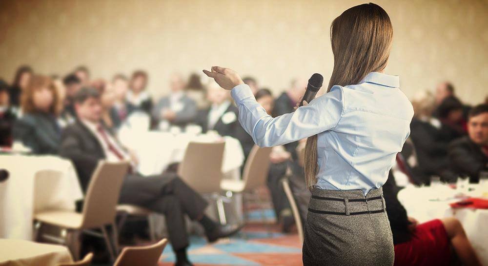 Control de redes sociaeln durante la organización de eventos para empresas