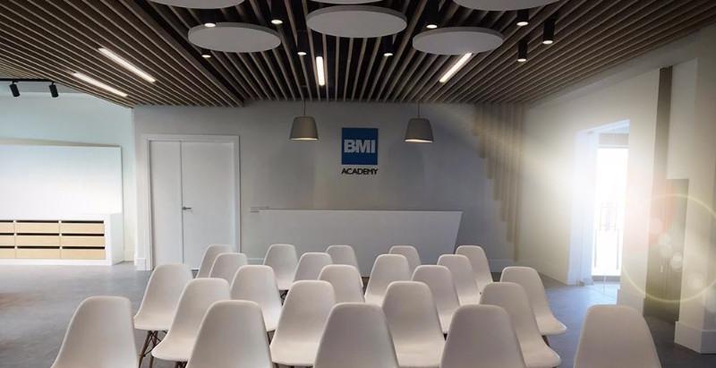 Reforma de oficinas: 12 consejos para mejorar su diseño.