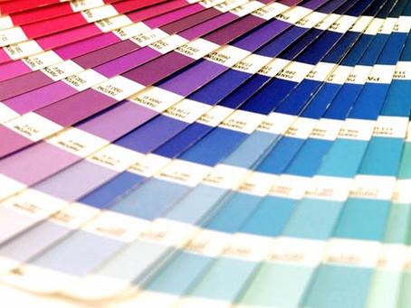 ¿Quién decide los colores en tendencia en stands, decoración, moda e industria?