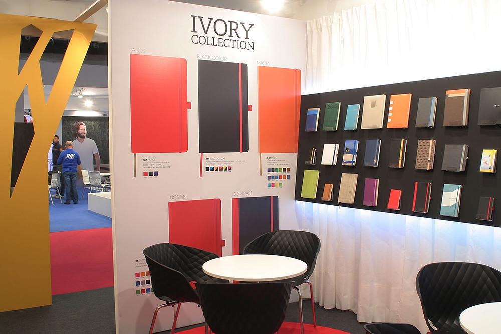 diseño del interior de la decoración de un stand modular en Promogift en Ifema