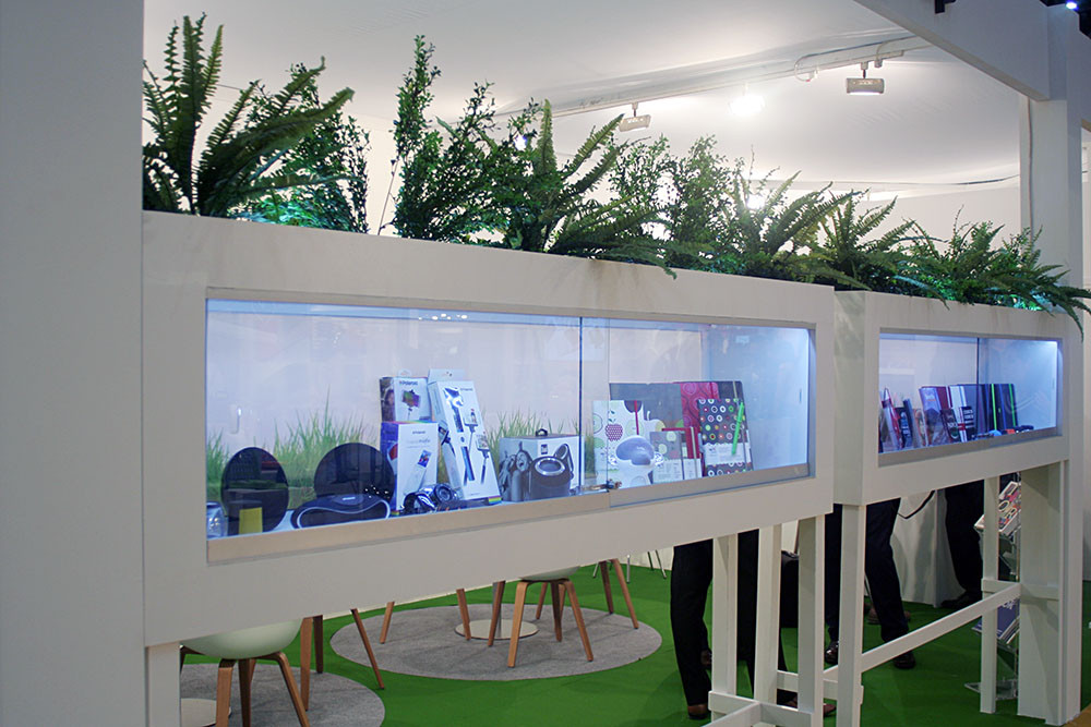Diseño de standsy montaje de stands para Lediberg Group