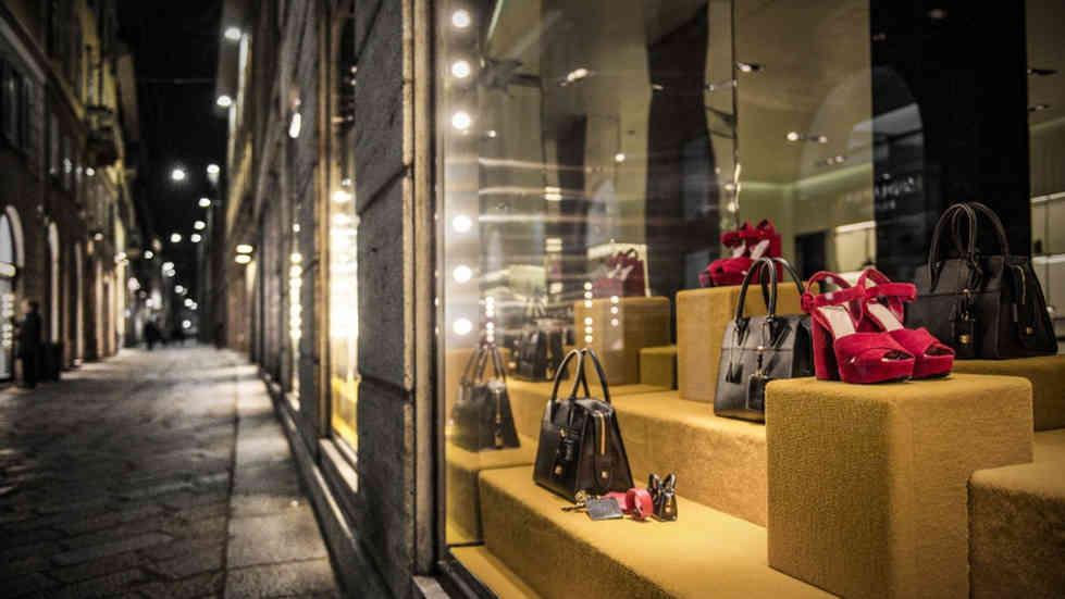 Reforma y diseño de tienda o local comercial.
