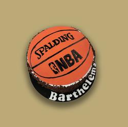 Gâteau d'anniversaire basket