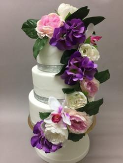 Gâteau de mariage fleuri