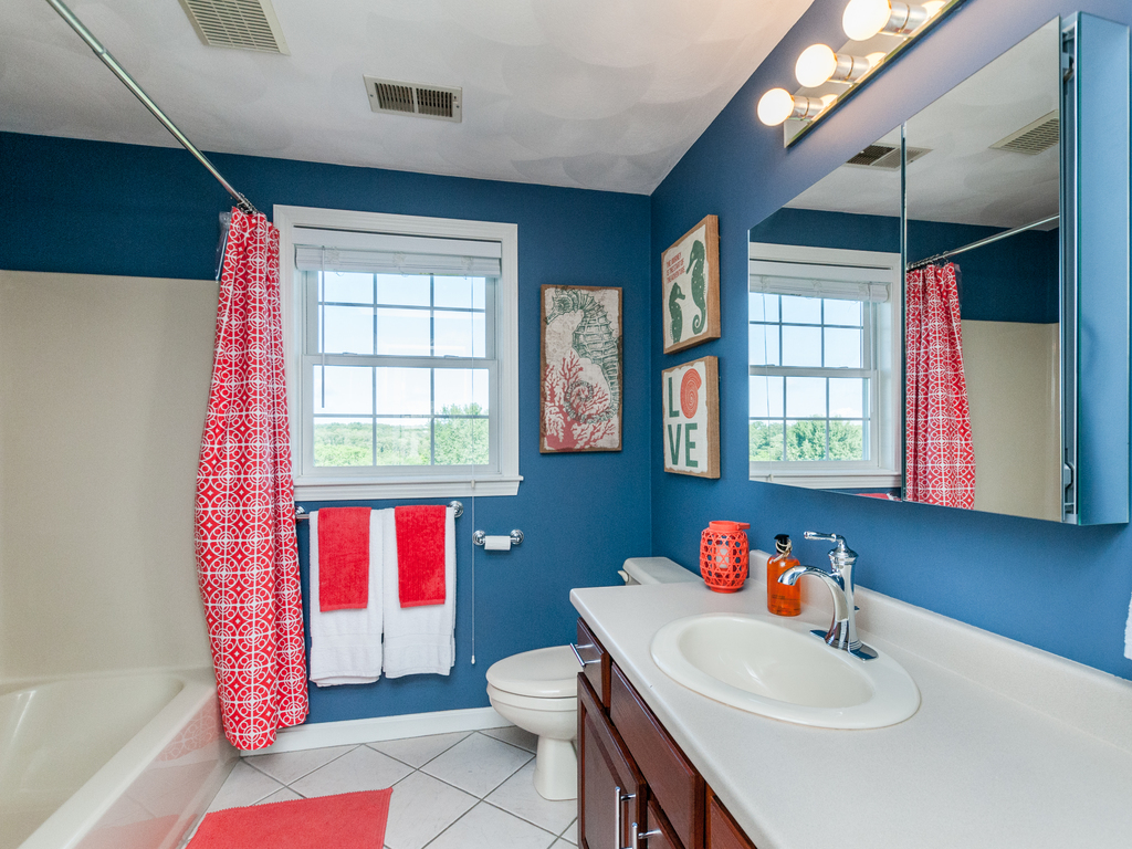 152 Neponset Street - Full Bath