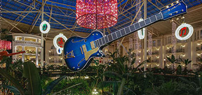 gaylord-opryland-nashville-has-a-country-christmas-package.jpg