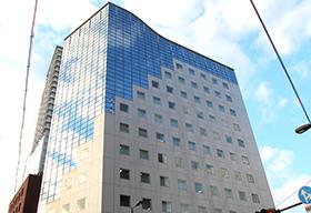 大阪事務所ビル外観