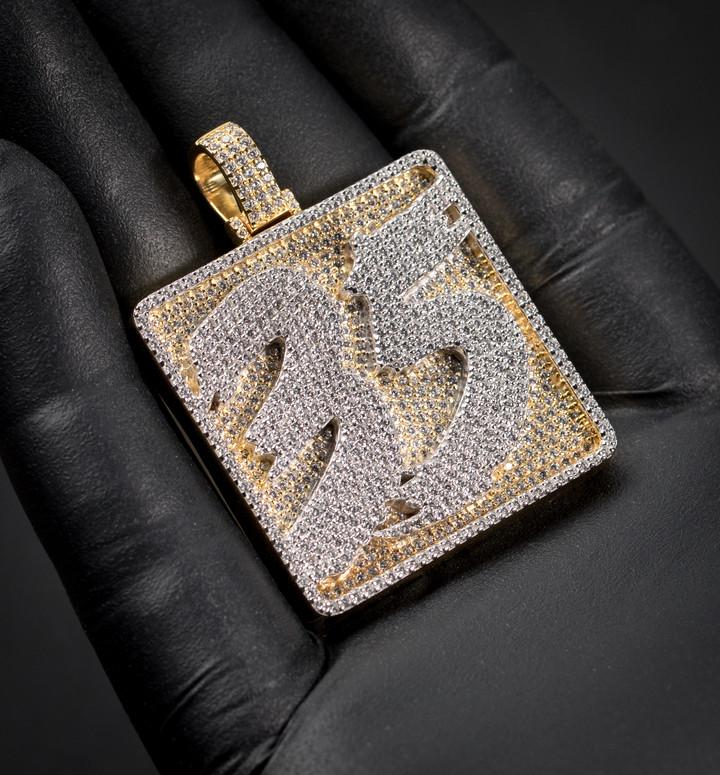 35 Designed By. Tim Da Jeweler
