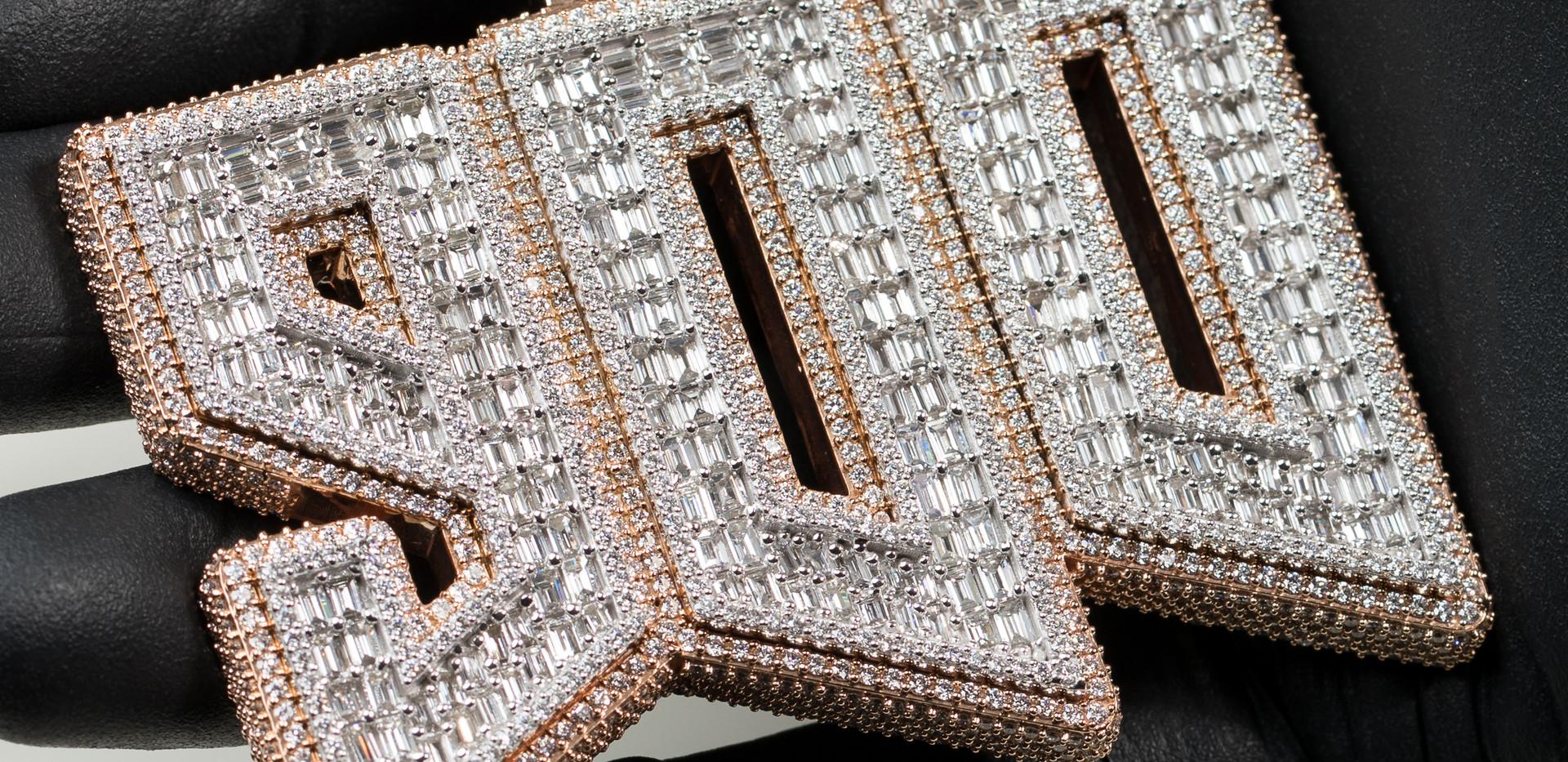 Custom 900 Pendant