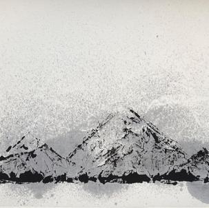 ROOM 208 「山」