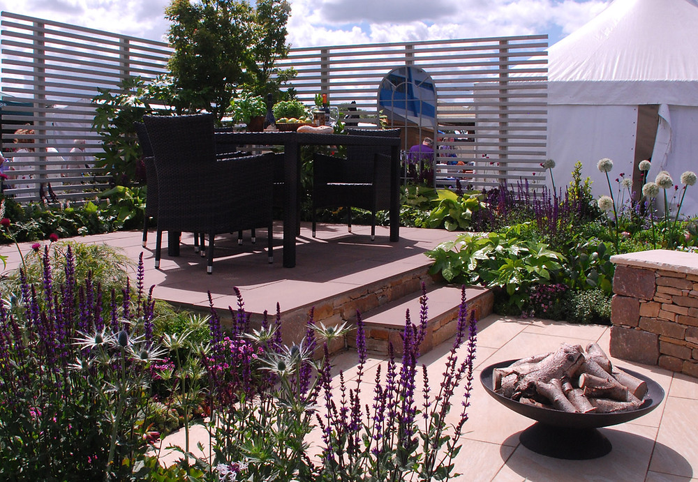 Award winning garden design Edinburgh Scotland, award winning show garden Edinburgh Scotland, Celebrating outdoor living, Planting design with wildlife friendly plants,