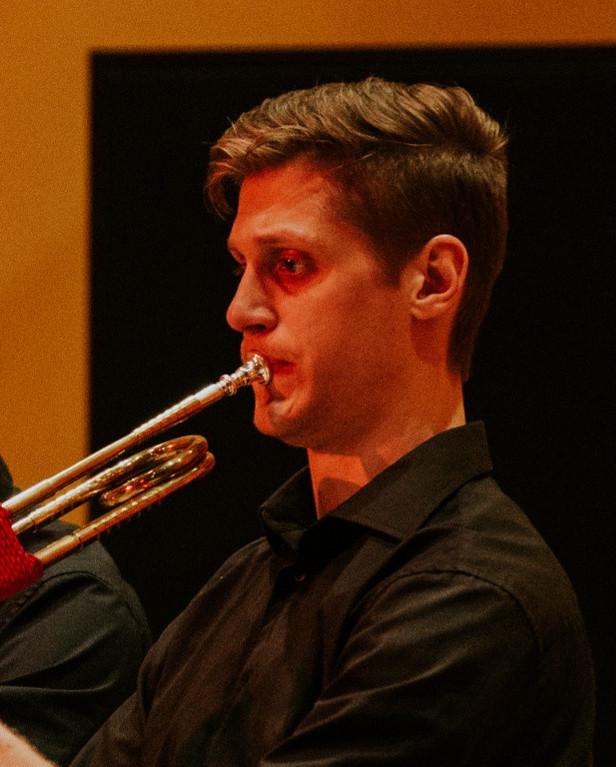 Julien Cossette, Gérant et musicothécaire