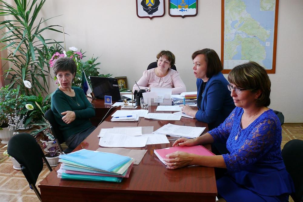 Комиссия по делам несовершеннолетних. Фото: www.nikoladm.ru