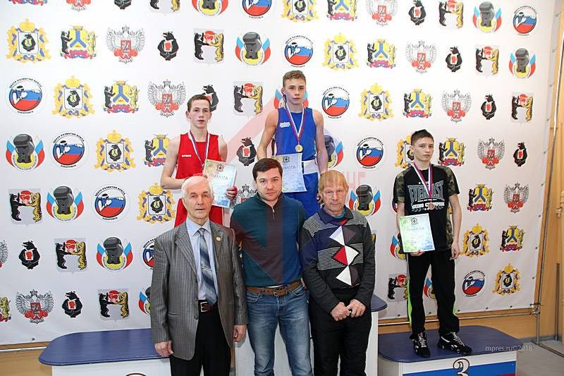 Призёры Первенства. Фото: boxing-khv.ru