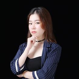 Professional%20Individual%20Photo_Amber_
