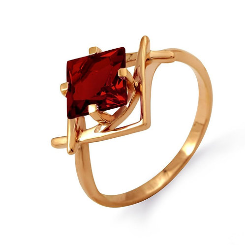 14 Ct Rose Gold Ring with Garnet