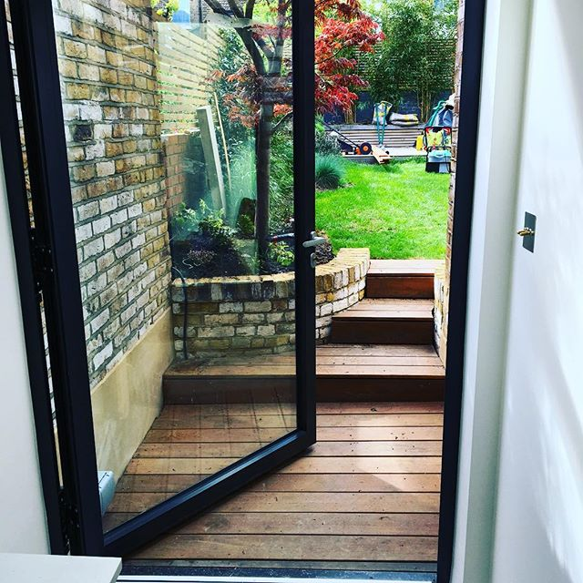 New #hardwooddecking steps and curved #l