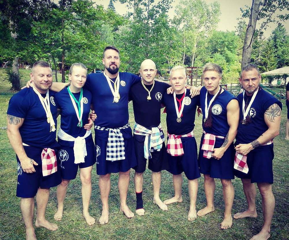 Team IMBA Finland treenileirillä Costacciarossa 2017