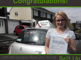 Lauren Edwards passed FIRST TIME today with only 2 minor faults!