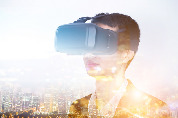 virtual-reality-headset-510573718_1004x6