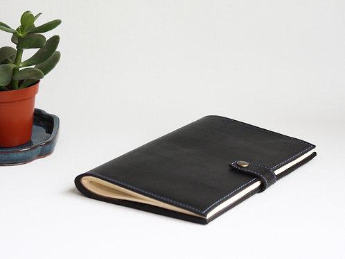 conférencier cuir maroquinerie artisanale fabrication française porte-documents agenda Atelier Antiope ©