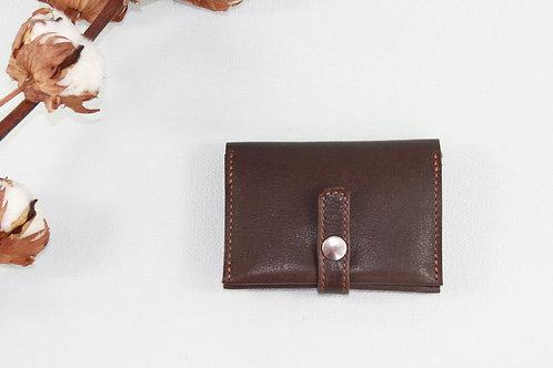 porte-cartes porte-monnaie marron cuir maroquinerie artisanale fabrication française Atelier Antiope©