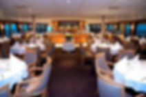 Folyami hajós karrierek külföldön. Szakács, felszolgáló, báros, szobalány munkák folyami hajókon és óceánjárókon. Port Orient minden, ami hajós munkavállalás.