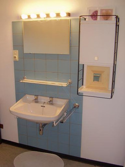 every room has a sink with hot and cold water