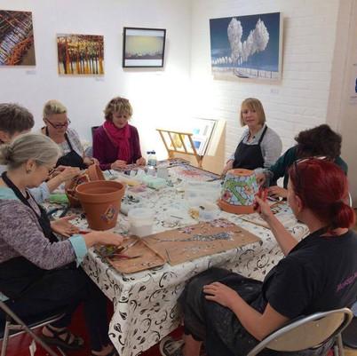 Mosaic workshop at the Murmurations Gall