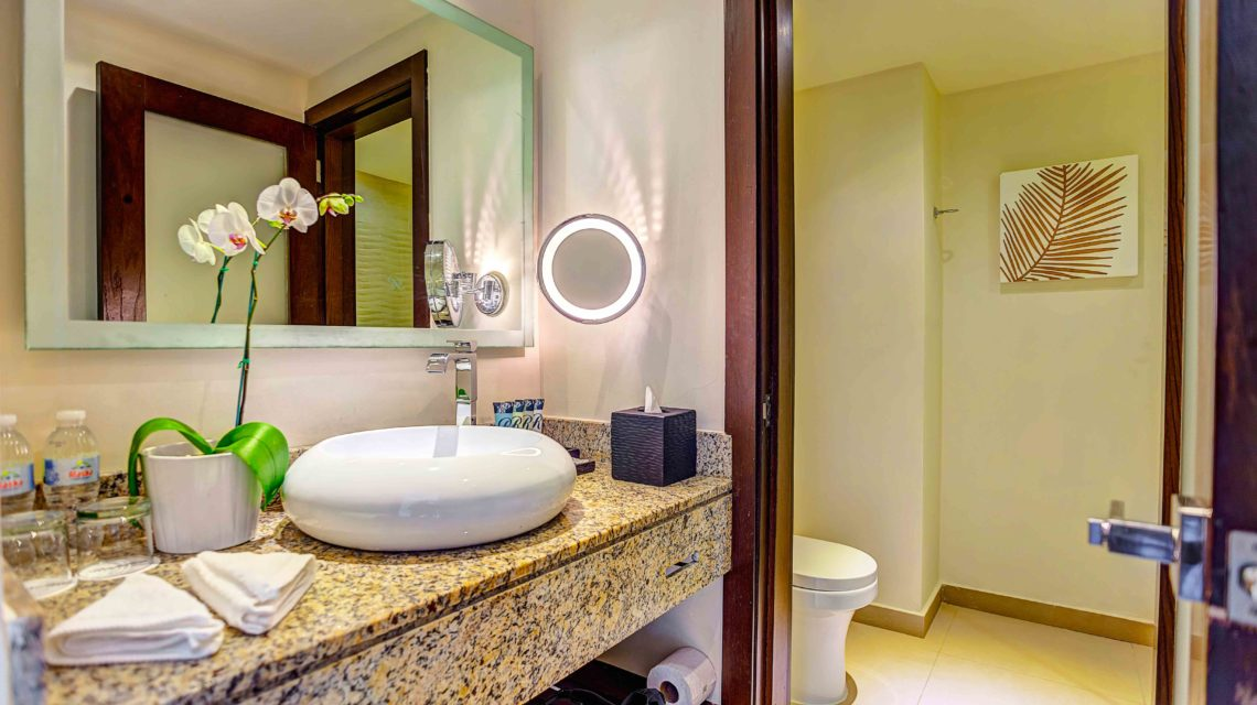 Travel Agency All Inclusive Resort Hideaway at Royalton Punta Cana 10