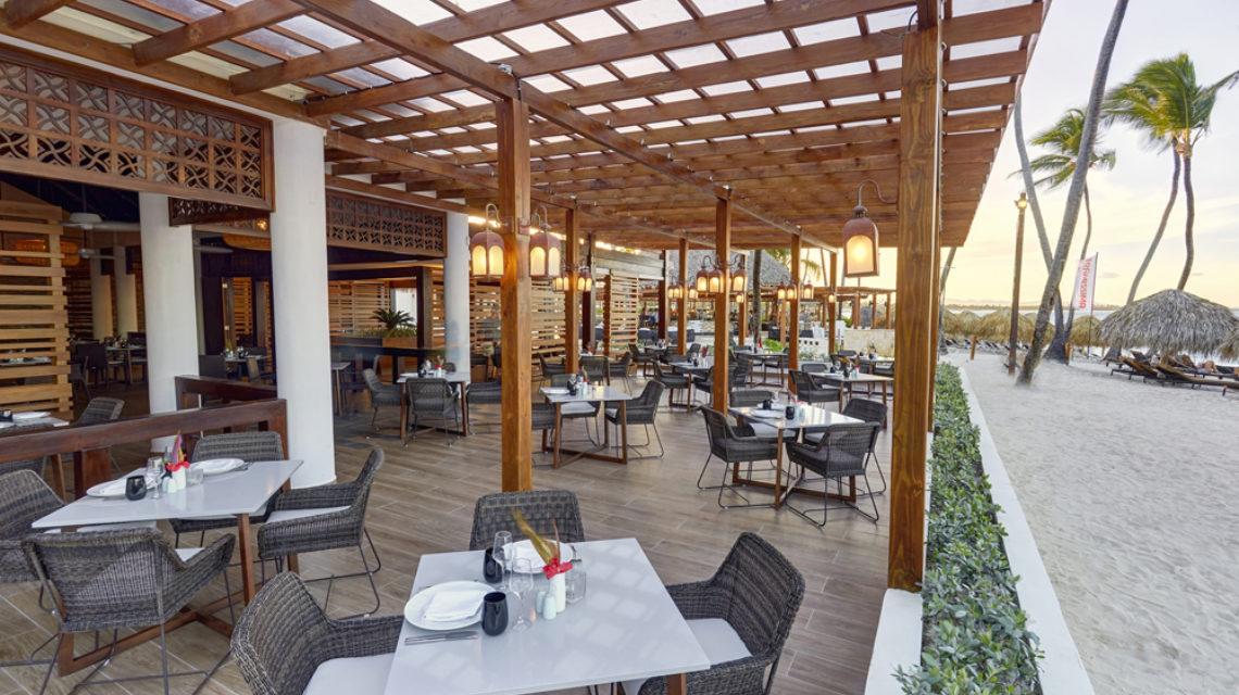 Travel Agency All Inclusive Resort Hideaway at Royalton Punta Cana 26