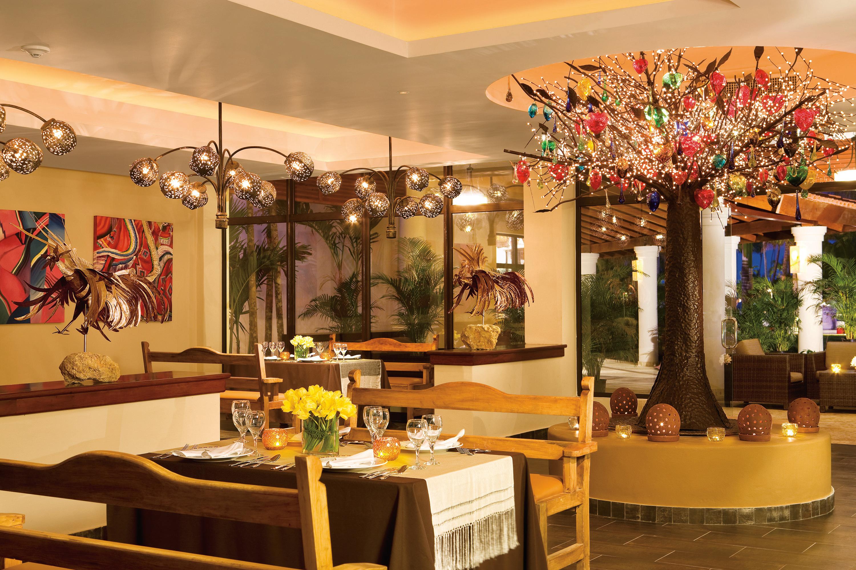 Travel Agency All-Inclusive Resort Dreams Palm Beach 40