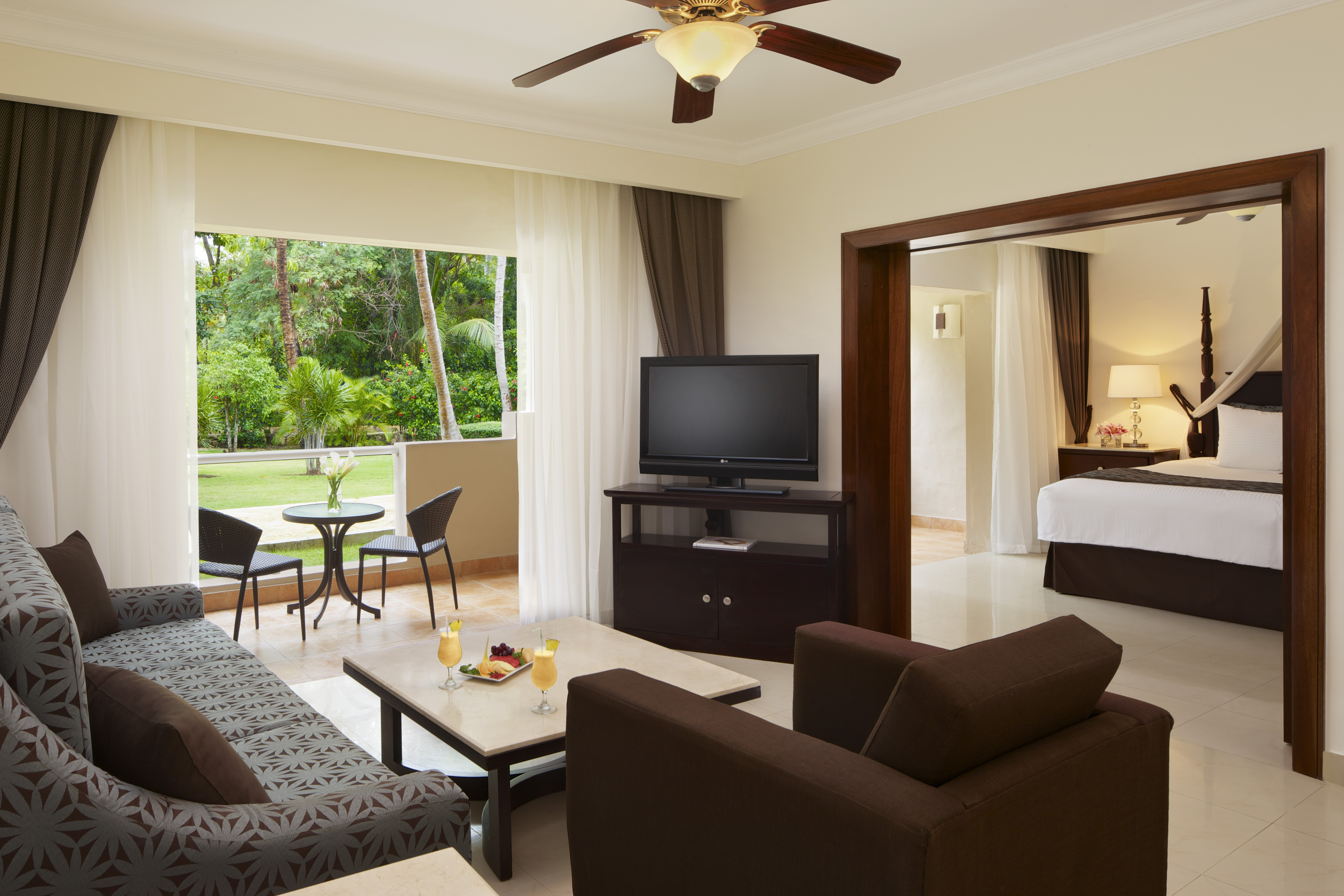 Travel Agency All-Inclusive Resort Dreams Palm Beach 30