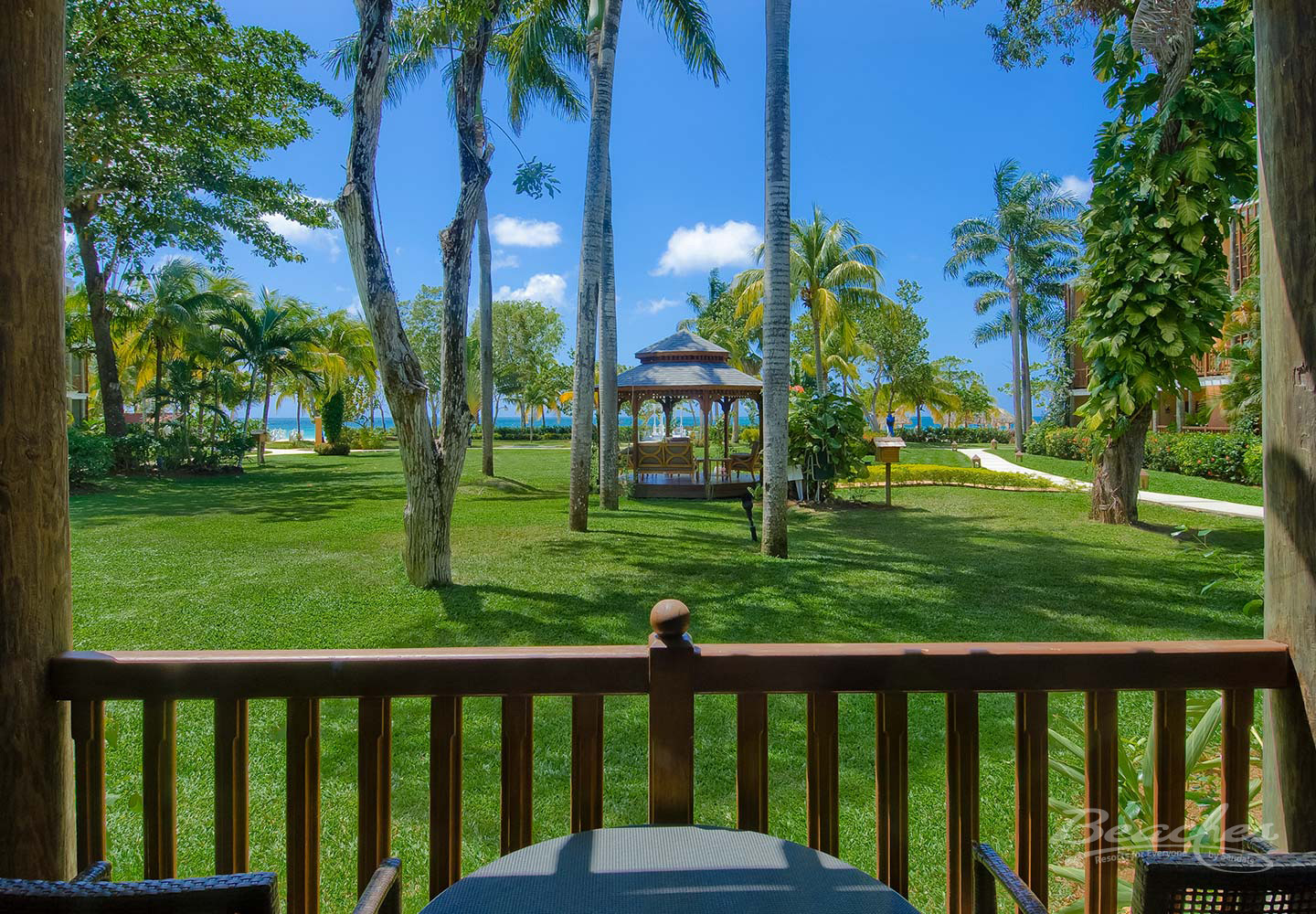 Travel Agency All-Inclusive Resort Beaches Negril 076