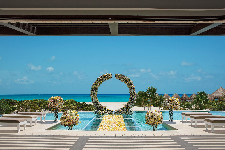 Travel Agency All-Inclusive Resort Dream