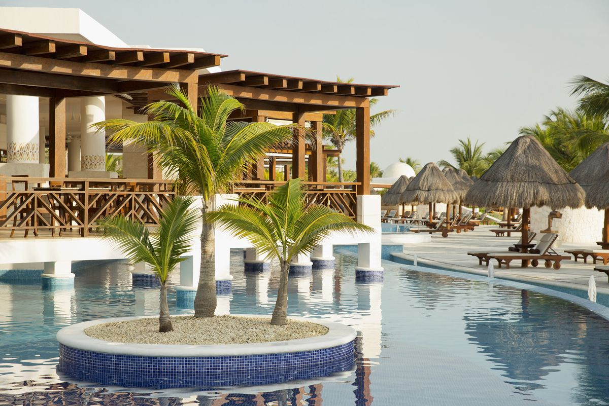 Travel Agency All-Inclusive Resort Excellence Playa Mujeres 02