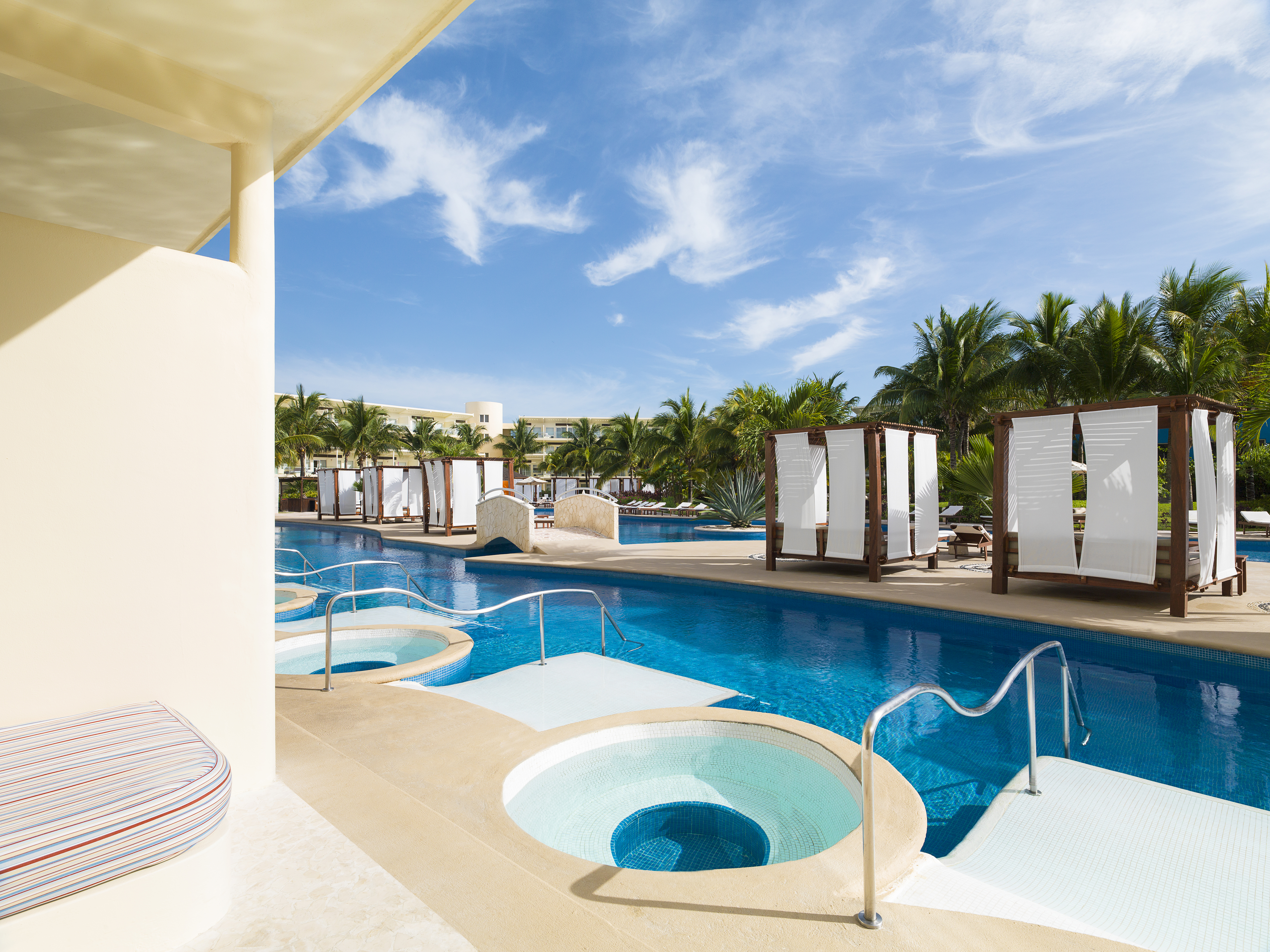 Travel Agency All-Inclusive Resort Azul Sensatori Riviera Cancun 36