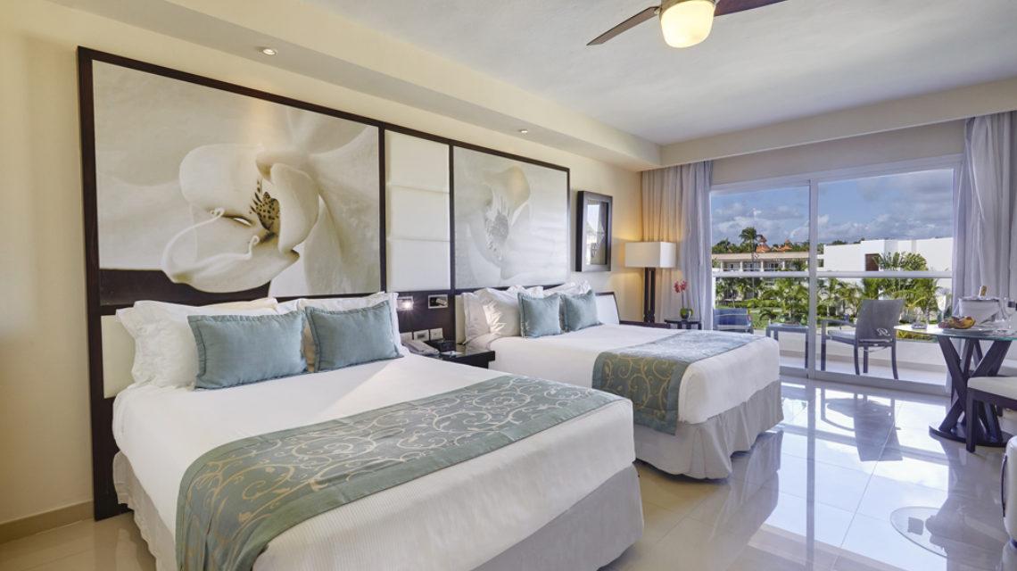 Travel Agency All Inclusive Resort Hideaway at Royalton Punta Cana 12