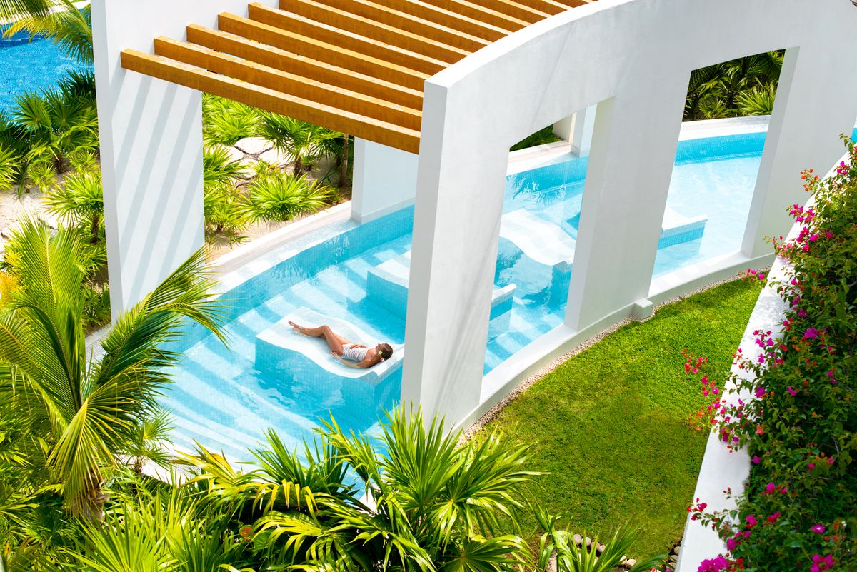 Travel Agency All-Inclusive Resort Excellence Playa Mujeres 14