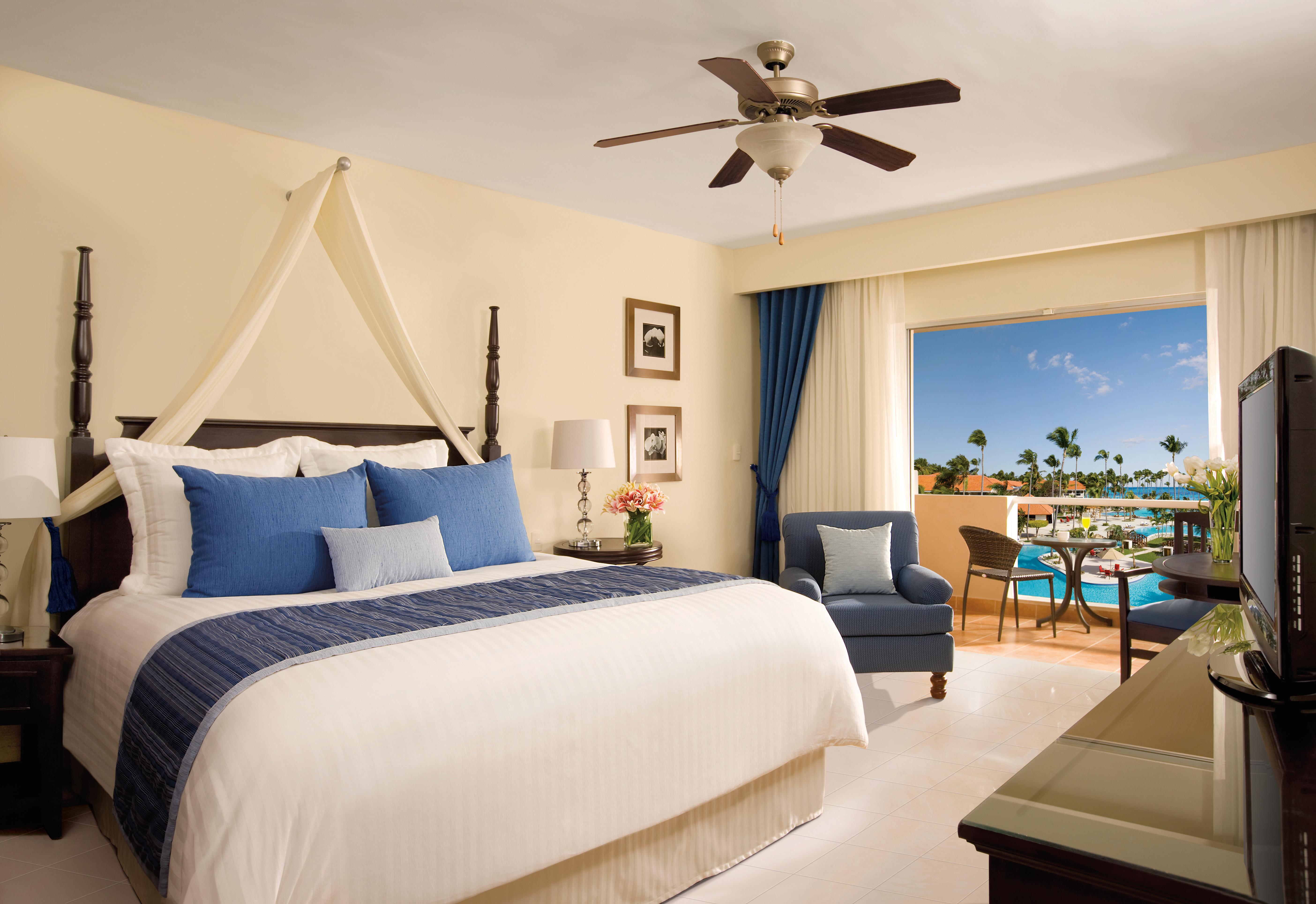 Travel Agency All-Inclusive Resort Dreams Palm Beach 13