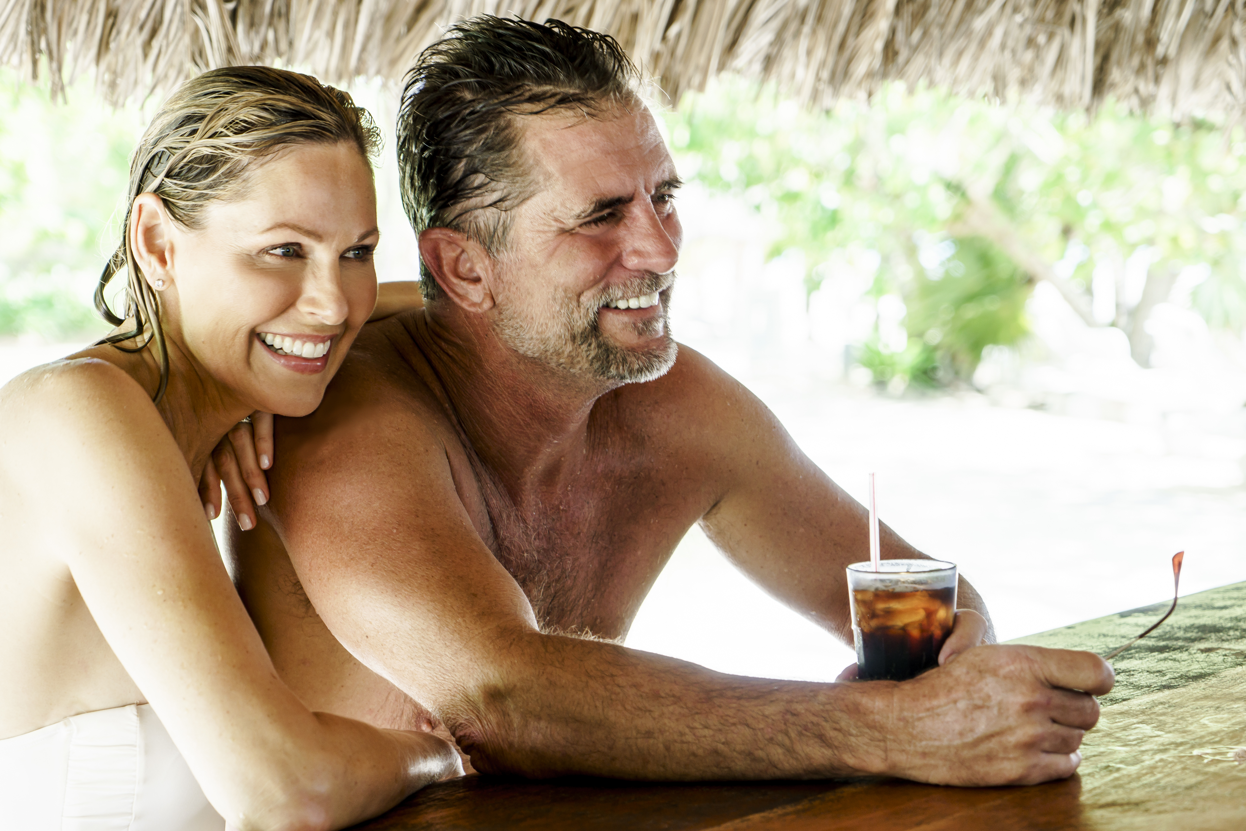 Travel Agency All-Inclusive Resort Couples Swept Away 03