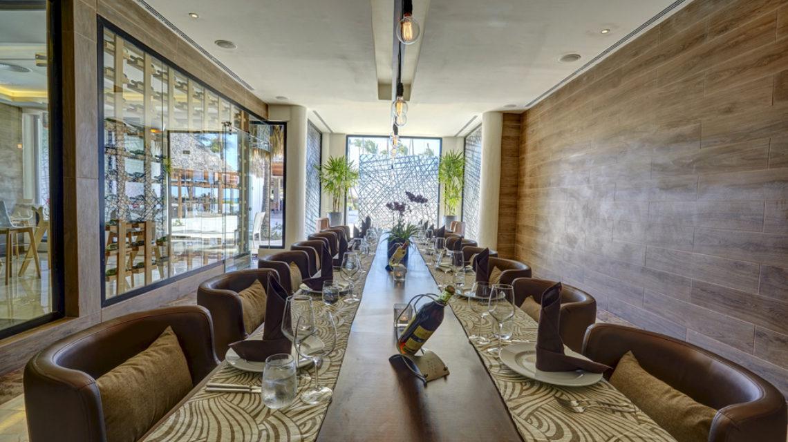 Travel Agency All Inclusive Resort Hideaway at Royalton Punta Cana 40