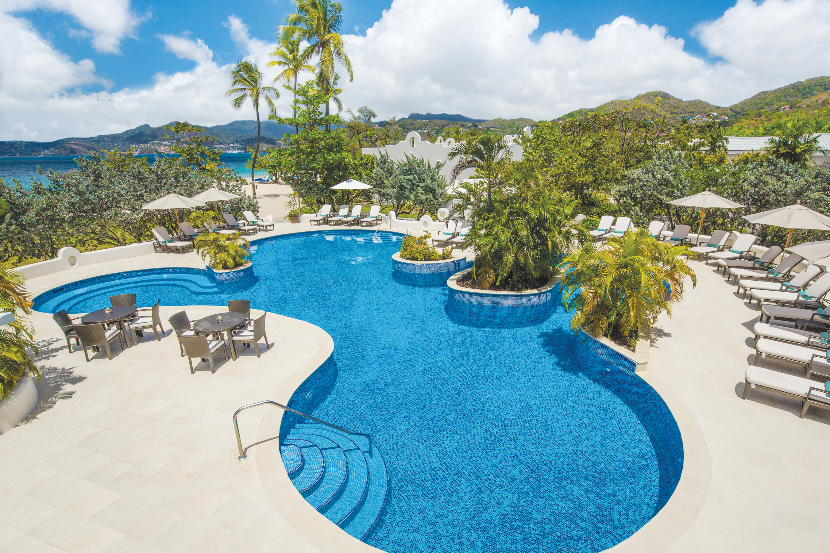 Travel Agency All-Inclusive Resort Spice Island Beach Resort 02