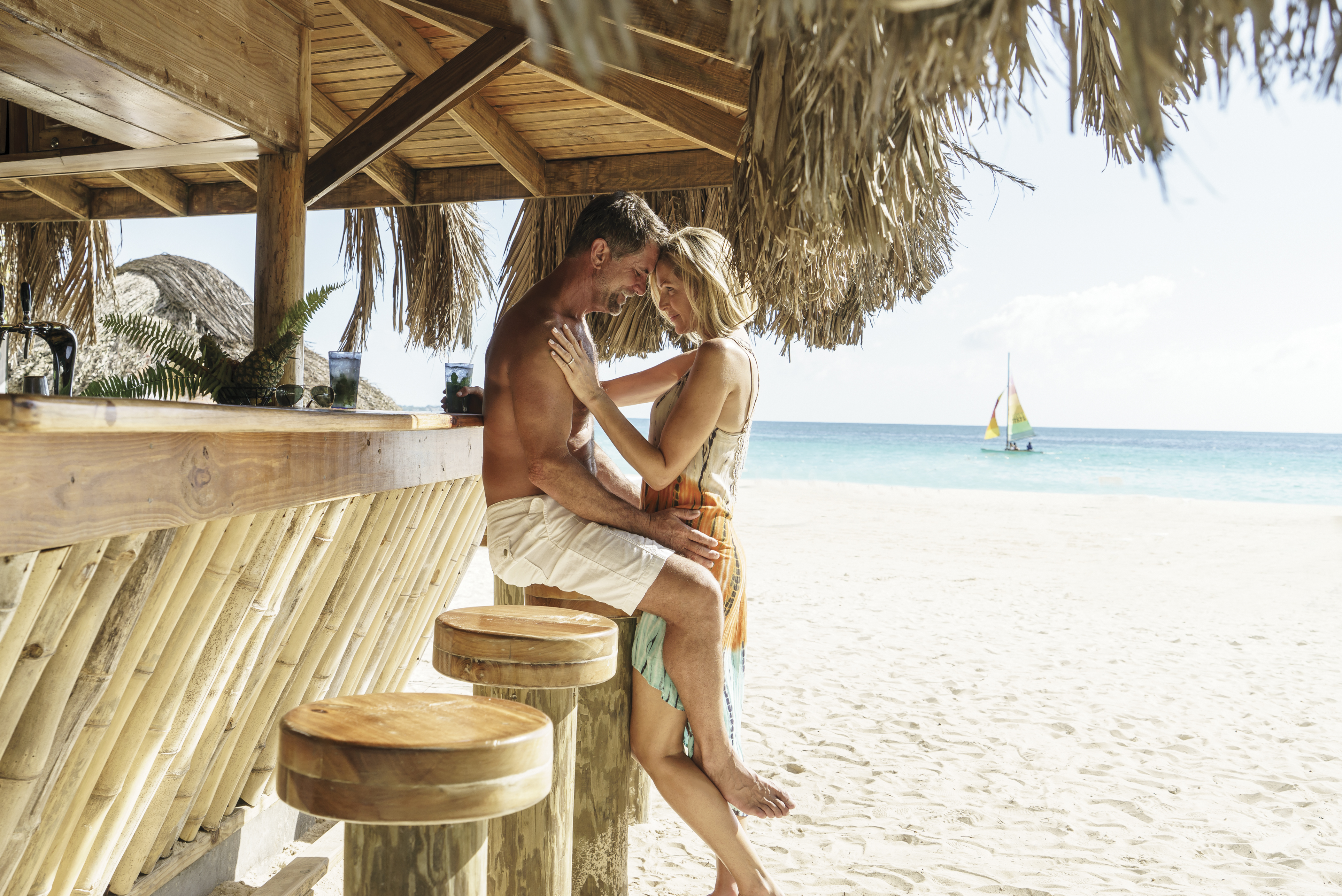 Travel Agency All-Inclusive Resort Couples Swept Away 02