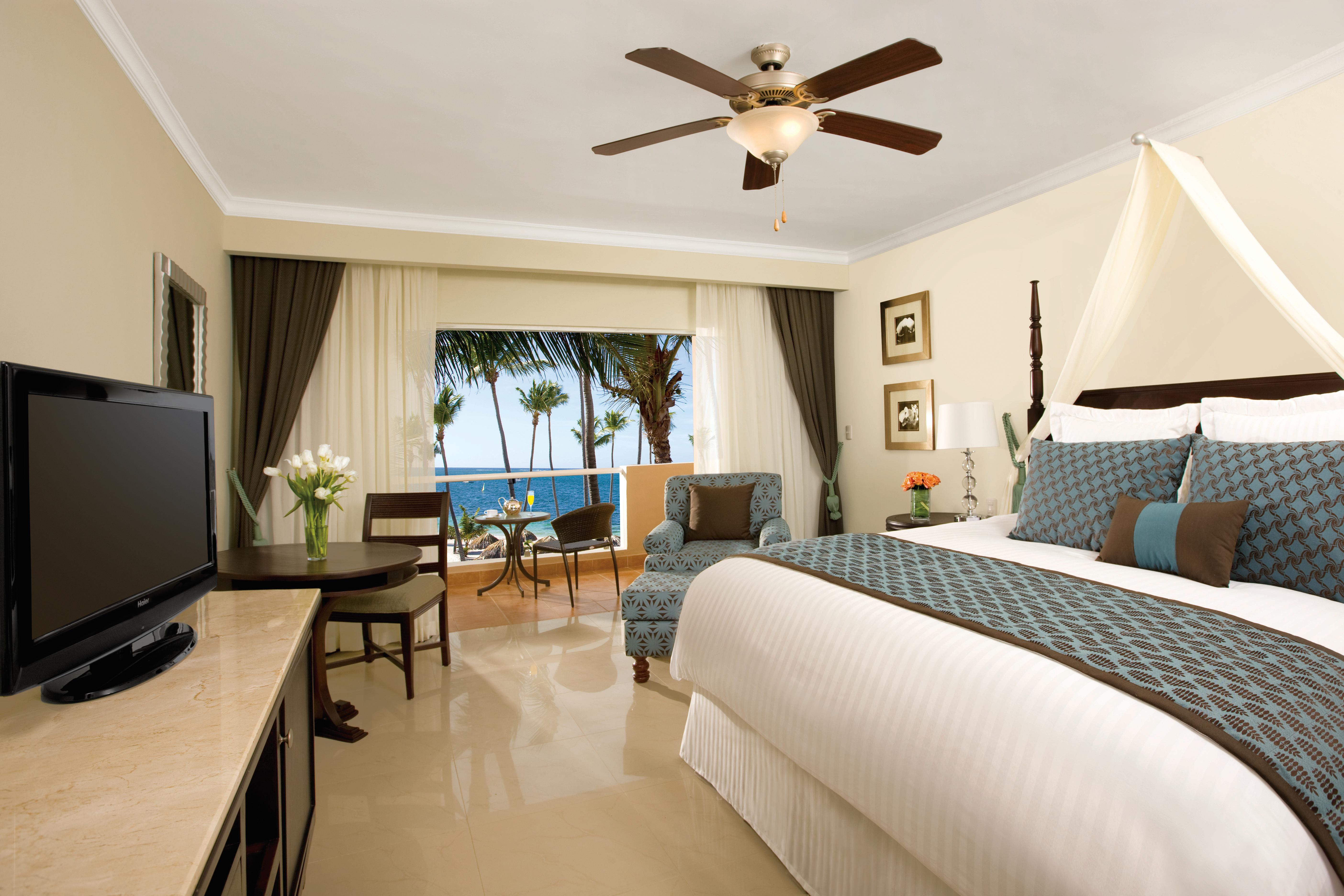 Travel Agency All-Inclusive Resort Dreams Palm Beach 26